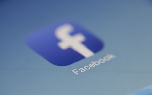 Facebook shifting focus to TV style content
